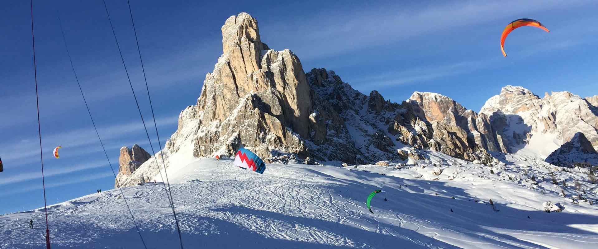 snow-kite-Passo-Giau